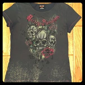 Gray Harley Davidson T-shirt with skulls. Medium